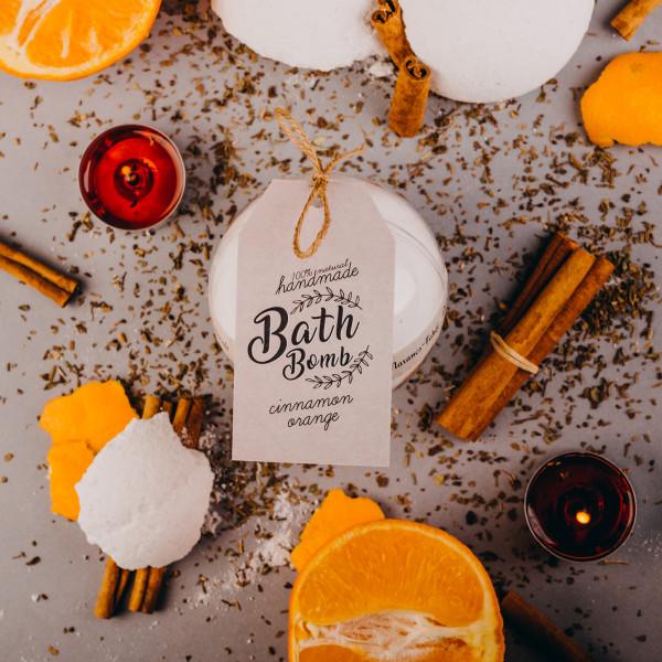 Narancs-fahéjas fürdőbomba 265g - akril gömbben