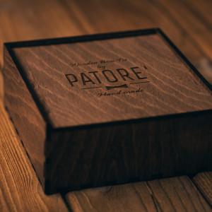 Papion din lemn Frances