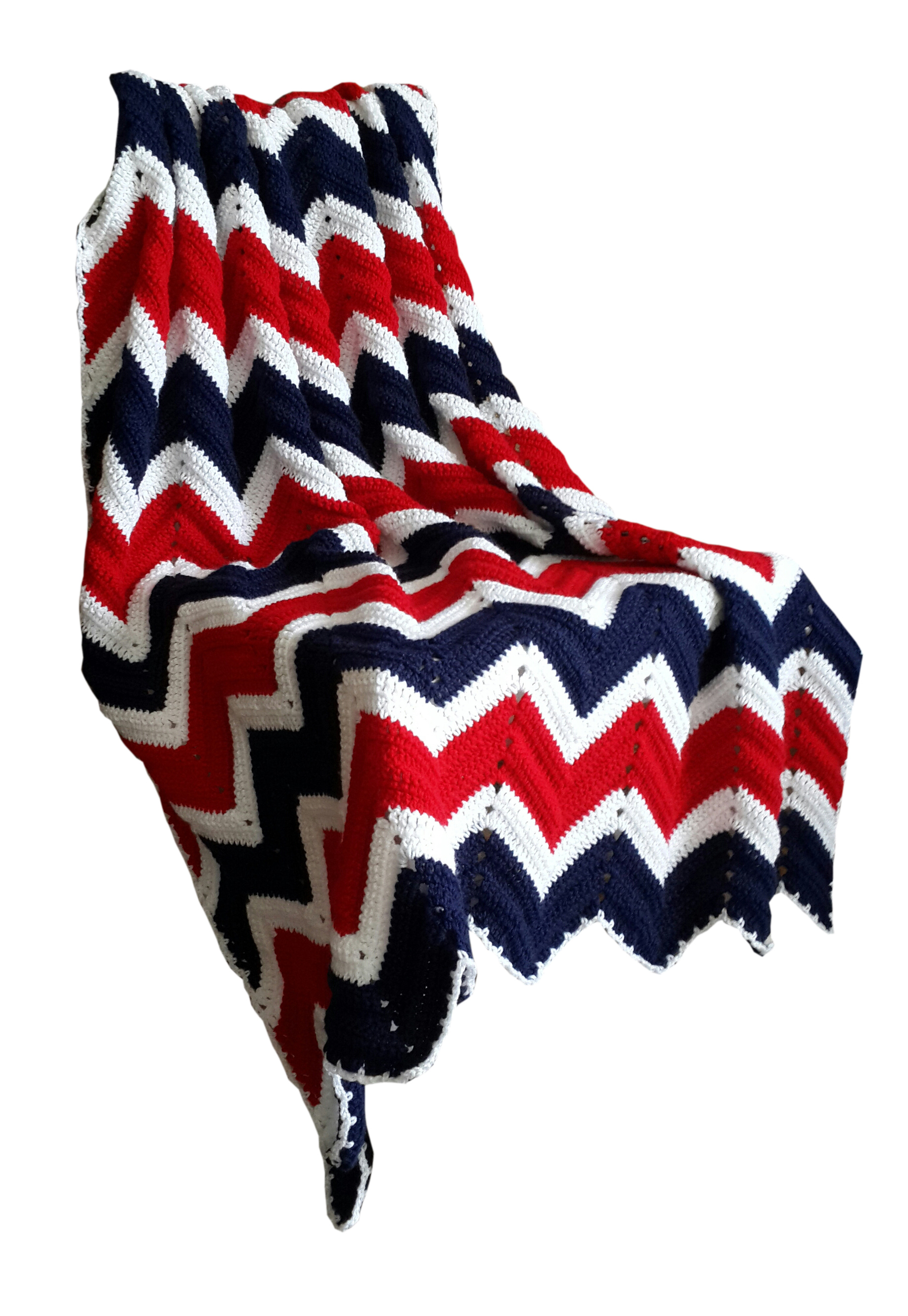 Vintage Look Zig Zag Crochet Blanket in Red, White and Blue 115x155cm